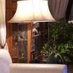 部屋の端のライト