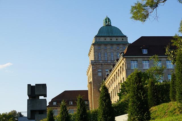 荘厳な雰囲気のある大学