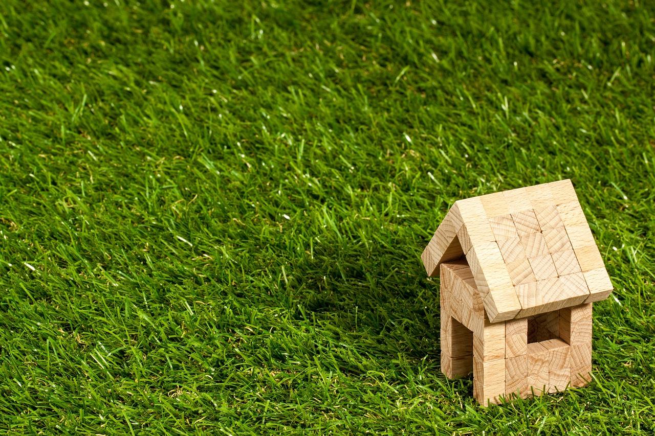木製アパートの模型