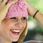 とびっきりの笑顔の女性