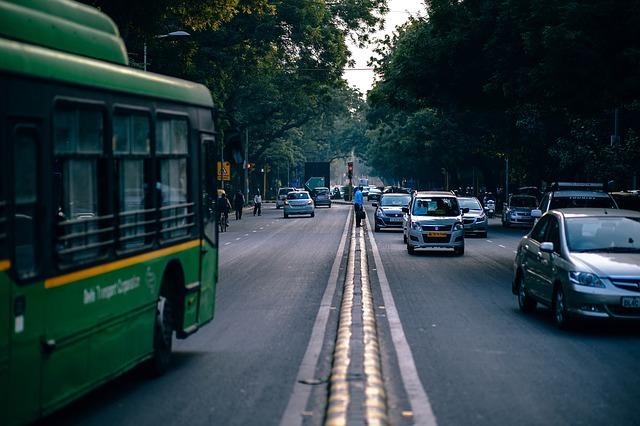 交通量の多い大通り